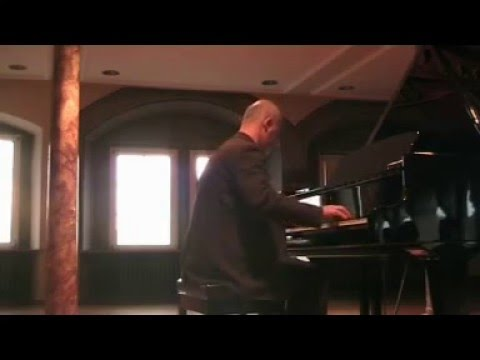 Martin Münch Plays Ravel BOLERO - Live In Concert