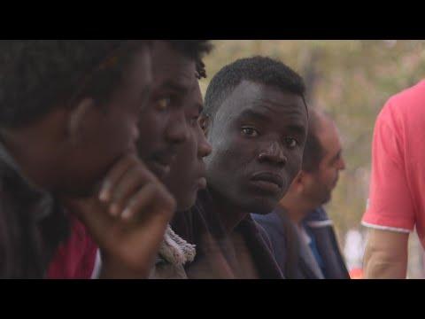 Vidéo : dans le quartier de La Chapelle à Paris, à la rencontre des migrants soudanais