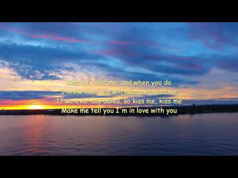 DJI Phantom 3 Mel Carter - Hold me, thrill me, kiss me lyrics