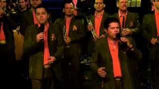 A Los Cuatro Vientos-La Arrolladora Banda El Limón-Vídeo Vivo