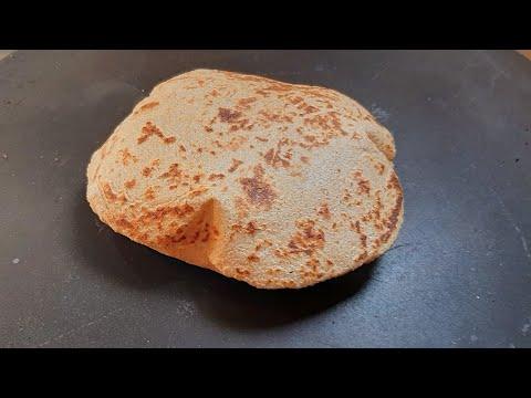 الخبز الأسمر المنفوخ بدون خميرة بدون فرن ومحسوب السعرات الحرارية #تكاتي_فأكلاتي(#شيماءحسن)