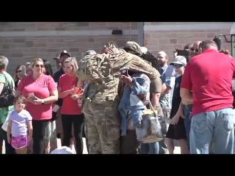 Oklahoma engineers bid farewell before deploying to the Middle East