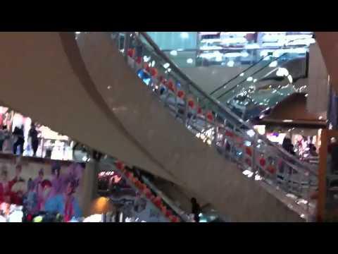 Lo Wu mall