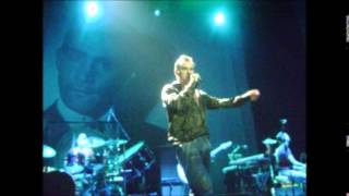 Morrissey - Kick The Bride Down The Aisle + Lyrics