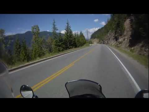 entering-the-town-of-sicamous,-bc