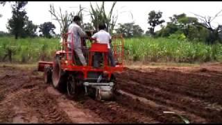 .1.เครื่องปลูกอ้อยBF45+Tractor45-50hp(Growing sugar cane in Thailand)