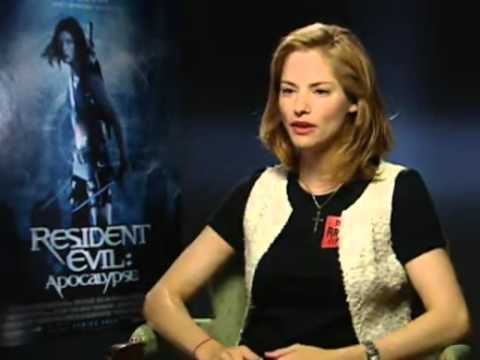 Resident Evil apocalypse exclusive  with sienna guillory shortfilms 2part