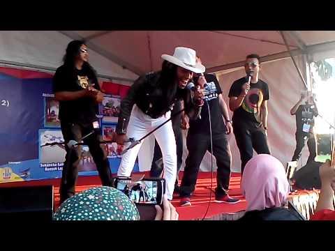 Reunion Rock Kapak feat UKAYS - Sebak