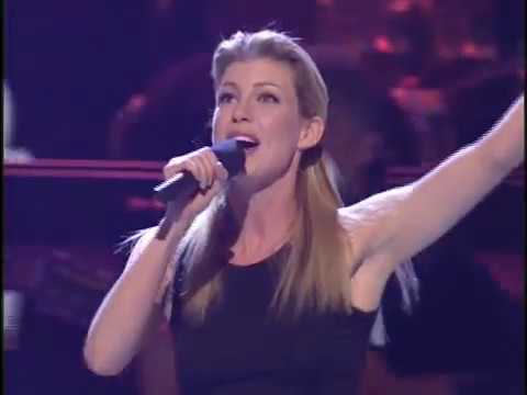 Faith Hill - This Kiss (Divas 1999)