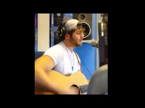 "LIVE ON Q106.5: Dom Colizzi Performs ""Addicted to your Love"""