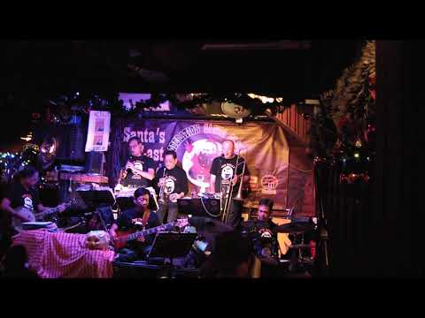 That's A Plenty -  China Coast Jazzmen  - Operation Santa 2017
