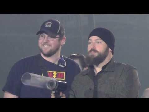 Zac Brown Band  (Shooting the shirts)