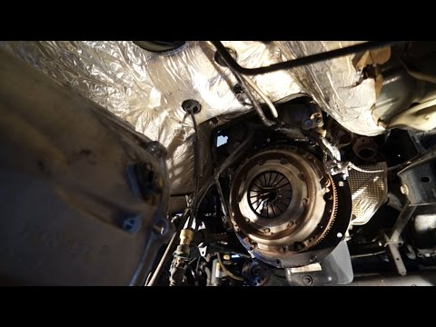 2007 Jeep Wrangler Unlimited Manual Clutch and Release Bearing Replacement