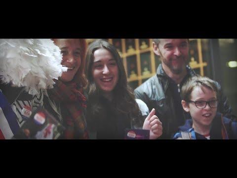 Rencontre avec Véronique Hatat alias Patty dans la comédie musicale Grease !de YouTube · Durée:  4 minutes 58 secondes