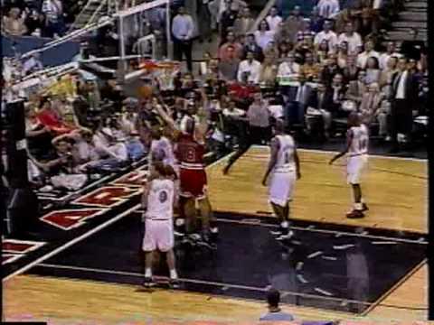 Bulls vs Heat 1997 - Game 4 - Michael Jordan 29 points