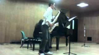 Manhattan Rhapsody by Denis Levaillant [Sax by Wisuwat Pruksavanich]