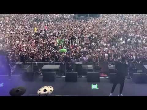 "Bonez Mc & Raf Camora ""Beste Leben"" Live"