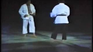 Chuck Norris & Carlos Machado - Jiu-Jitsu Sparring/Demonstration - 1992
