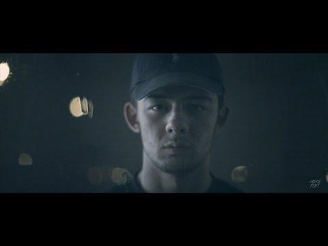 Calin - Blíž (with JVNZ & D.Kop) [Oficiální videoklip]