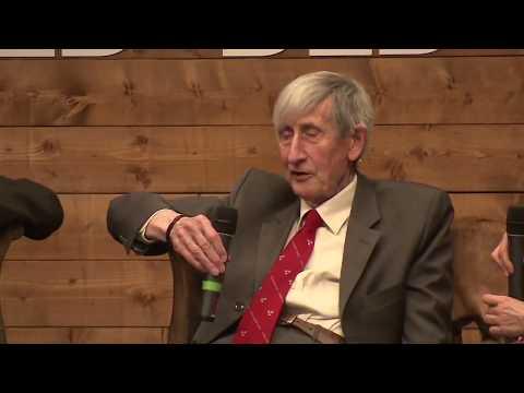 Freeman Dyson - Life is not digital !
