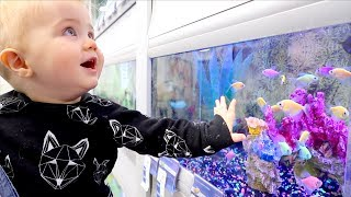 MY BABY CAN TALK TO FISH! Video