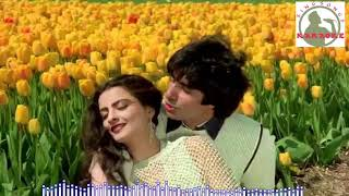 Dekha Ek Khwaab to Hindi karaoke for Male singers with  lyrics
