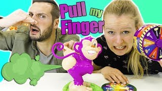 KATHI PUPST ALLES VOLL? Eklige Pull My Finger Challenge mit Bean Boozled - Kaan&Kathi mit Pupsi-Affe