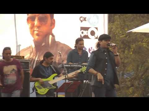 Nadaan Parindey- Mohit Chauhan Live at Confluence 2K15