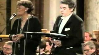 Dionne Warwick and the 3 Tenors-christmas medley.mp4