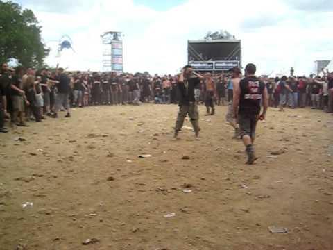 Hellfest 2009 - Dagoba - Wall of death - Braveheart
