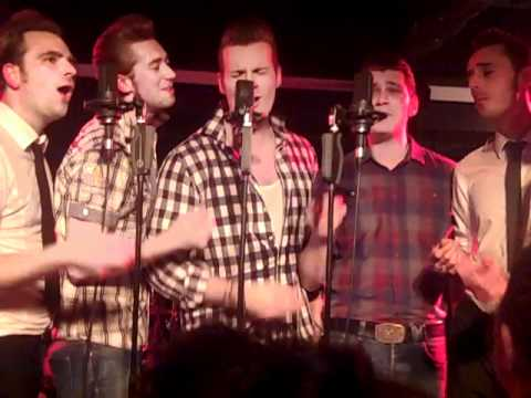 The Baseballs - Bleeding Love - Glasgow 2010