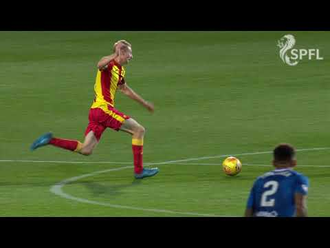 Watch: Chris Erskine sent off for Partick Thistle