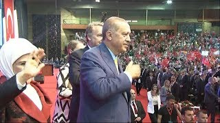 Pogledajte kako je dočekan Erdogan u Zetri