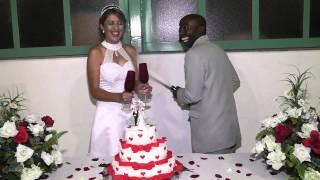 Casamento: Noivo Tenta Afogar A Noiva Em Festa De Casamento!!!