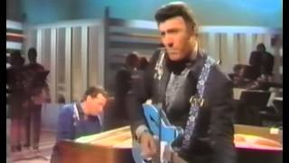 Jerry Lee Lewis and Carl Perkins sing a medley