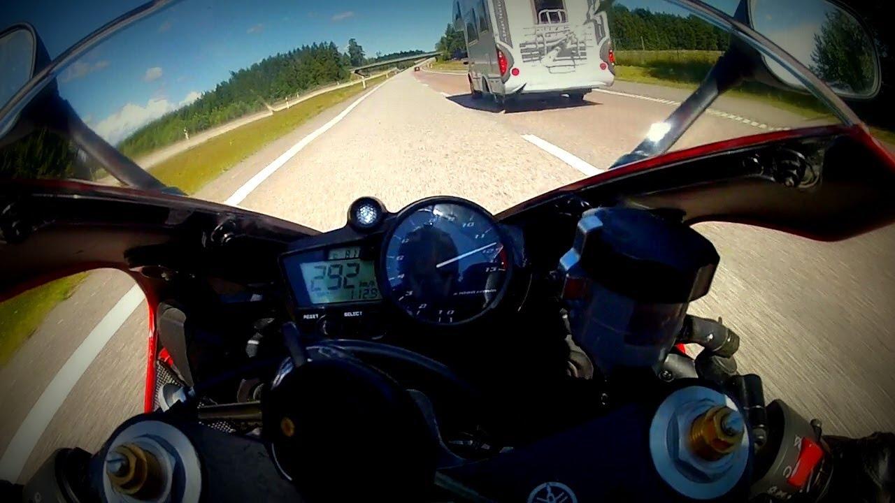 R1 2002 top speed run - YouTube