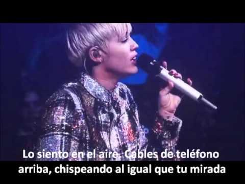 Summertime Sadness-Miley Cyrus subtitulada al español. BANGERZ TOUR