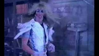 Twisted Sister & Alice Cooper - Be Chrool To Your School