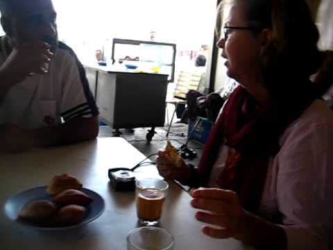 sy Mama-cocha teatime in Aden