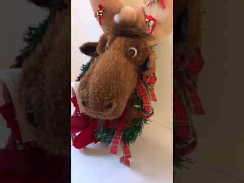 Singing Christmas Moose