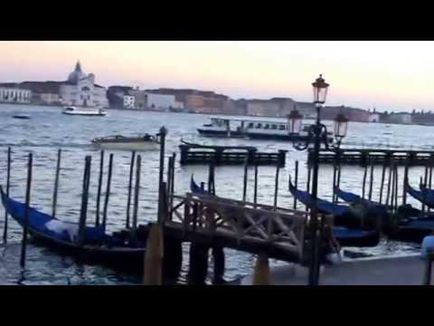 Model Mia Isabella's Adventures In Venice
