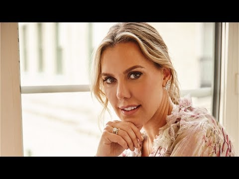 Kendra Scott Brand: How to Scale a Small Business into a Billion Dollar Brand