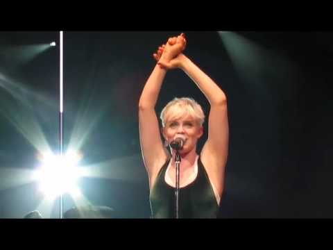 Robyn - &39;Hang with Me&39; - Radio City  Hall - NYC - 2511