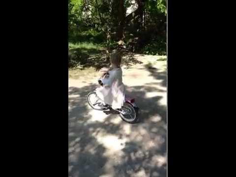 Lorque Roxane fait du vélo