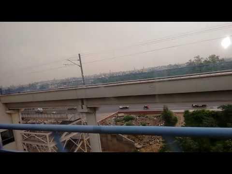 Travelling in Delhi - DELHI METRO