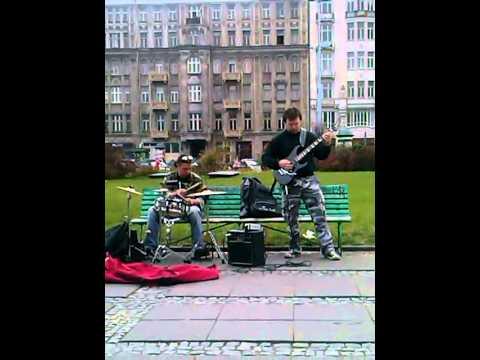 Thrash metal jam Warsaw street