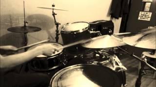 丸の内サディスティック叩いてみました 一年以上ぶりにドラムに触ったの...