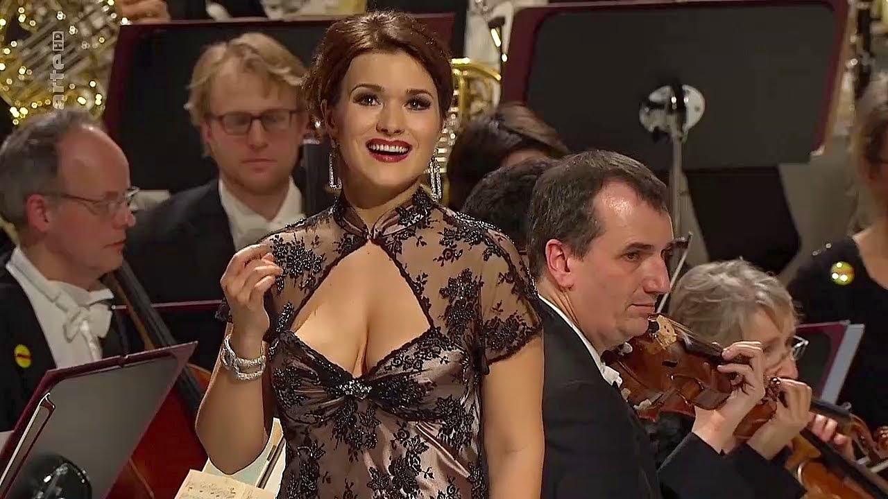 "Download Olga Peretyatko✮♫ ""Il bacio""/The Kiss Waltz von Luigi Arditi"