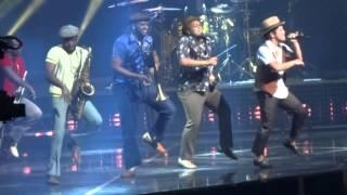Bruno Mars - Treasure - Arena Ciudad de México - (02-sep-2014)