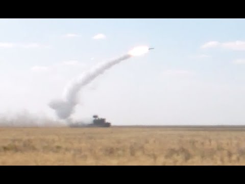 Rare video: Russian anti-air Tor-M2U firing on move, newest S-300V4 night shooting